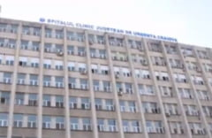 Gandaci in fata salii de operatie, la Craiova. Conducerea spitalului: E greu de crezut ca au supravietuit