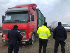 Garda Nationala de Mediu a mai confiscat un camion pentru transport si depozitare ilegala de deseuri. Proprietarul, amendat cu 30.000 de lei