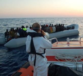 Garda de Coasta italiana: Circa 6.500 de imigranti au fost salvati luni in largul Libiei