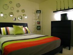 Gata de renovare? Idei pentru peretii din dormitor (Galerie foto)