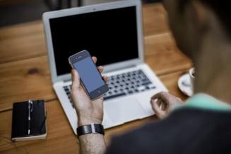Generatia Z: Tinerii au asteptari clare privind viitorul loc de munca - In ce companii vor sa lucreze si cui cer sfaturi