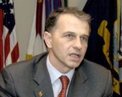 """Geoana: """"Cand Iliescu m-a facut prostanac, m-am decis sa candidez la sefia PSD"""""""