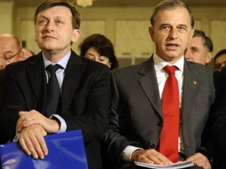 Geoana, Antonescu si Johannis, invitati la Timisoara de 1 Decembrie