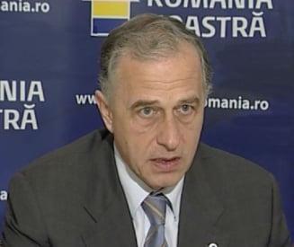 Geoana: N-ar fi fost rau sa demisioneze Basescu de Sfanta Maria. Vrei bluff? Uite bluff!