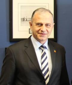 Geoana: Romania ar trebui sa aiba o varianta de rezerva de comisar european