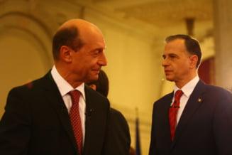 Geoana vs. Basescu - cine a cheltuit mai mult in campanie?