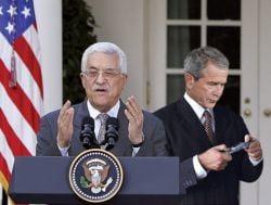 George Bush s-a intalnit cu Mahmoud Abbas la Casa Alba