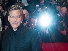 George Clooney da in judecata revista care a publicat prima fotografie cu gemenii sai