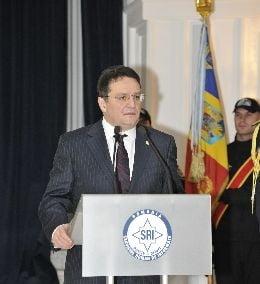 George Maior, contestat de romanii din SUA: I se cere presedintelui sa nominalizeze alt ambasador