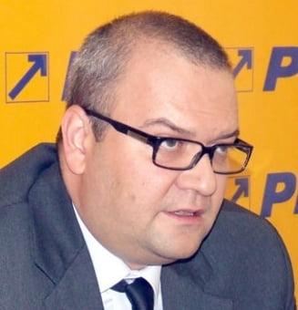 George Scutaru, viitor consilier al lui Iohannis, cerea in 2007 desfiintarea DNA si SRI