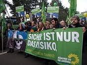 Germania: Frica de exploziile nucleare a scos in strada zeci de mii de oameni