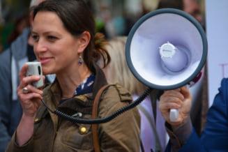 Germania: Mii de manifestanti s-au adunat la Berlin sa protesteze impotriva restrictiilor impuse pentru a combate pandemia