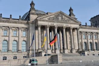 Germania, unda verde negocierilor pentru un nou ajutor financiar acordat Greciei: Vot cu scandal in Parlament