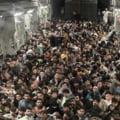 Germania anunţă că a evacuat aproape 3.000 de oameni de pe aeroportul din Kabul