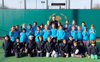 Gest superb al Simonei Halep: Ajuta 40 de copii sa joace tenis
