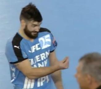 Gesturi revoltatoare ale unui handbalist la meciul celor de la Baia Mare din Champions League