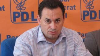 Gheorghe Falca: Populismul USL a devenit antinational, Ponta nu e roman