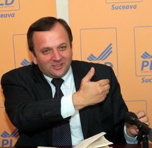 Gheorghe Flutur: Tariceanu a reusit sa puna basca lui Iliescu pe capul Bratienilor