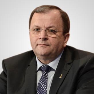Gheorghe Flutur are coronavirus si e internat la spitalul din Suceava, unde zeci de cadre medicale s-au infectat