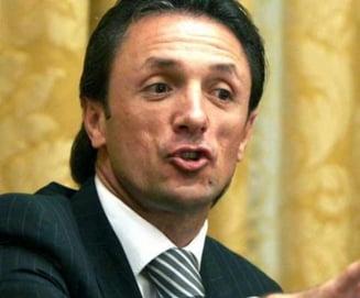Gica Popescu, acuzat de jocuri murdare: Mai bine sa stea acasa, sa ne lase!