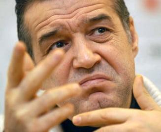 Gigi Becali a parasit Romania: Vezi unde s-a dus si ce a declarat