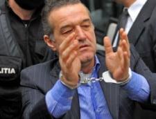 Gigi Becali vrea sa iasa mai repede din inchisoare: I-a dat judecatoarei lectii de fotbal