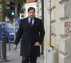 Ginerele lui Basescu a fost achitat pentru complicitate la santaj si instigare la fals in declaratii