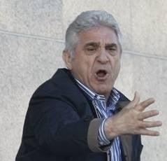 Giovani Becali il ataca violent pe Mircea Lucescu
