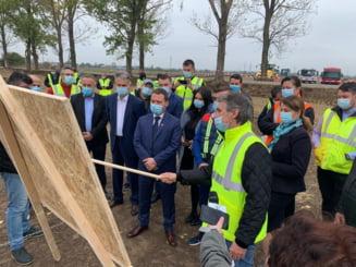 Giurgiu: Au inceput lucrarile la soseaua de centura a municipiului, care face legatura intre DN 5 si frontiera