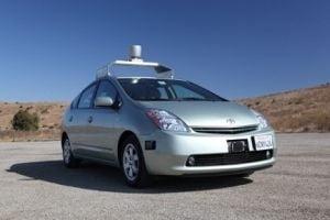 Google breveteaza masina fara sofer