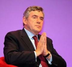 Gordon Brown da inapoi 13.000 de euro cheletuiti pe gradinarit si amenajari