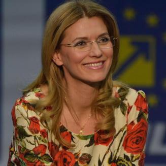 Gorghiu: I-am invitat pe Ciolos si pe alti ministri sa se alature PNL