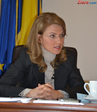 Gorghiu: In 2016, diaspora nu va fi lasata sa voteze, pentru ca nu-l voteaza pe Ponta