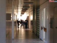 Gradinite si scoli din Voluntari inchise dupa ce peste 200 de copii si adulti au facut toxiinfectie alimentara