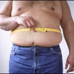 Grasimea de pe abdomen creste riscul atacurilor de cord