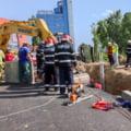 Grav accident de muncă în București lângă Biblioteca Naţională. Unul dintre cei patru muncitori prinși sub pământ a decedat UPDATE