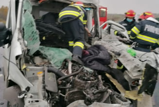 Grav accident pe autostrada A1. Au fost implicate doua camioane