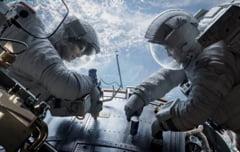 Gravity, cu Clooney si Bullock, direct pe locul 1 in box office (Video)