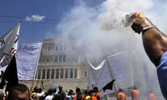 Grecia, cea mai instabila economie din lume - Presa internationala