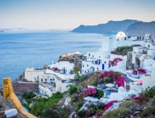 Grecia va avea hoteluri, restaurante si magazine exclusive pentru cei vaccinati anti-COVID-19