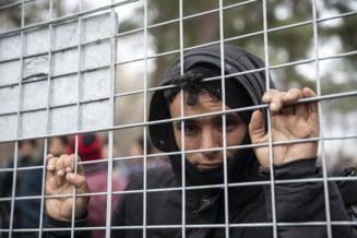 Grecia va construi doua noi tabere pentru migranti, desi localnicii nu sunt de acord