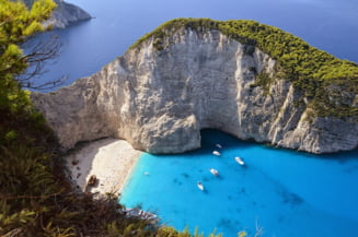 Grecia va primi turisti incepand din 16 aprilie. Care sunt conditiile de intrare pe teritoriul elen