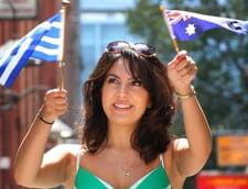 Grecii au prins dor de duca. Peste jumatate din populatia tarii doreste sa emigreze