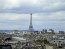 Grevele dau peste cap traficul aerian si feroviar din Franta
