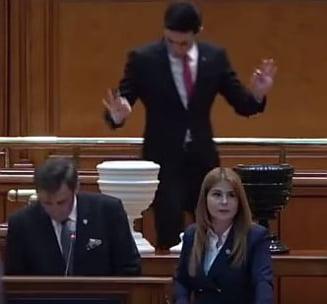 Grindeanu a contestat la CCR votul la motiunea de cenzura