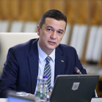 Grindeanu a demis 4 secretari de stat, inclusiv fostul sofer al lui Dragnea