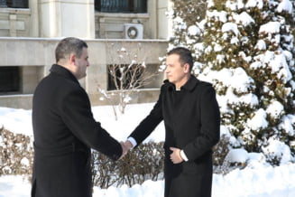 Grindeanu a fost primit la MApN cu garda de onoare, ca Iohannis la Cotroceni