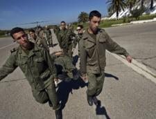 Grup armat libian, interceptat in desertul tunisian