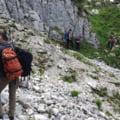 Grup de 21 de persoane, depistat in Parcul National Piatra Craiului. Ghizii au fost sanctionati cu amenda