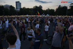 Grupurile civice fac apel la non-violenta la protestul din seara asta: Guvernul si Dragnea trebuie sa plece